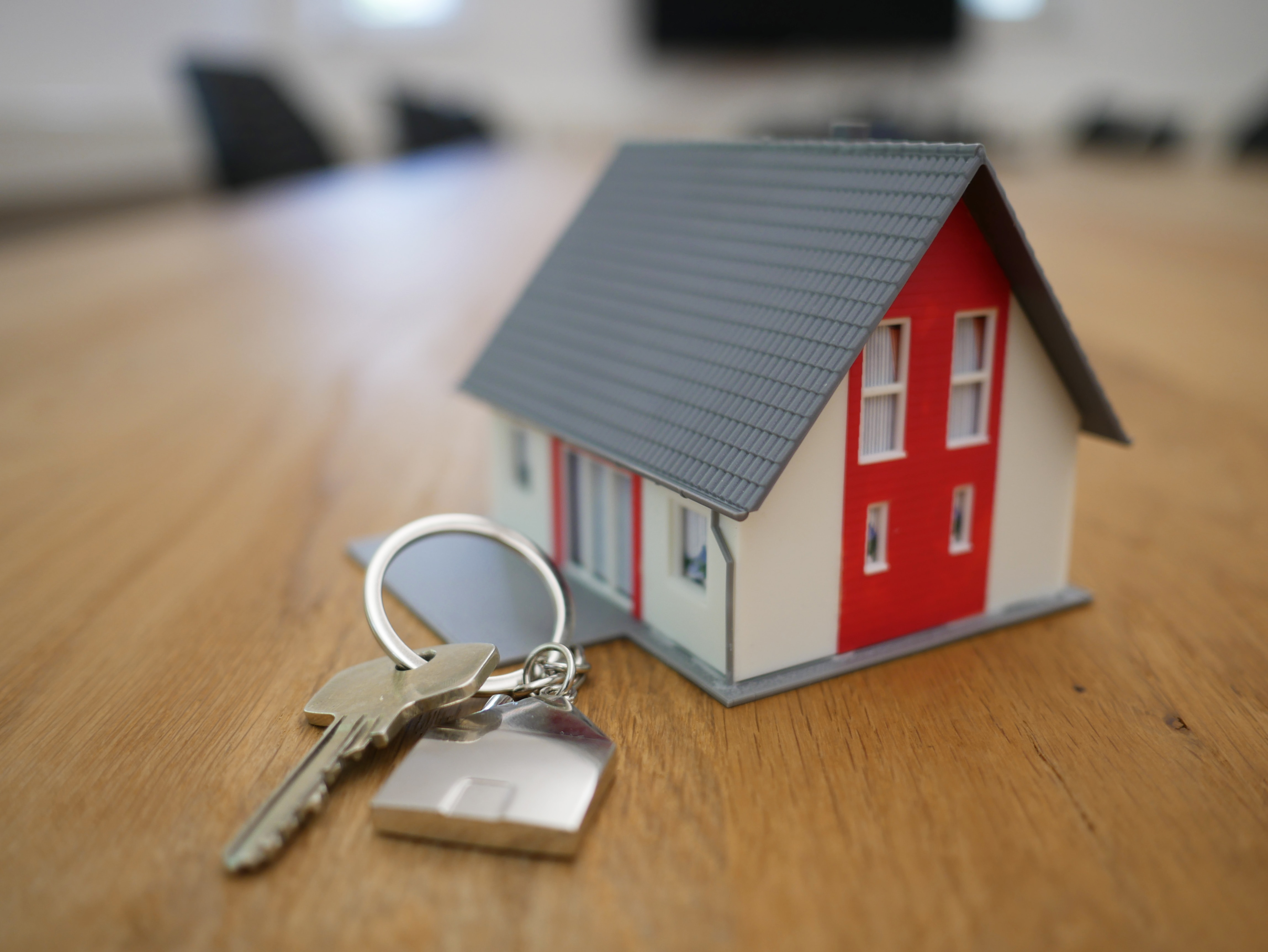 An image of a home with keys.